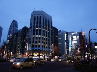 新宿駅南口から徒歩5分のイメージ